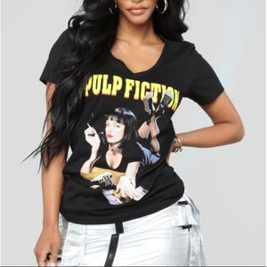 URBAN OUTFITTERS PULP FICTION BLACK TEE